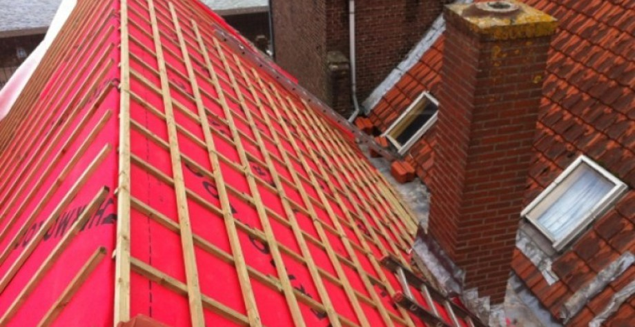 colocación de laminas impermeables Thermofloc